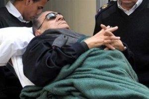 Мубарак заповідав поховати себе поруч з онуком