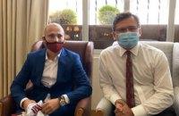 Глава МИД встретился с украинским футболистом Зозулей в Мадриде
