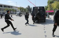 В Тунисе ликвидировали двух напавших на музей