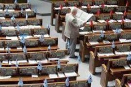 Депутаты не хотят работать во вторник сверхурочно