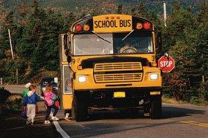 В США перевернулся автобус со школьниками