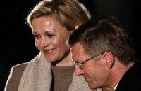 Бывший президент ФРГ и его супруга напишут мемуары