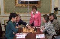 Седьмая партия за шахматную корону у женщин завершилась вничью