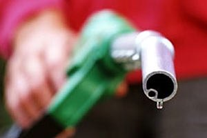 На границе возникли проблемы с ввозом бензина