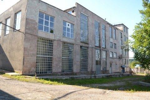 В Украине пустили с молотка еще один спиртзавод