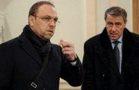 Оппозиция просит президента ПАСЕ разобраться в ситуации с невыездным Власенко