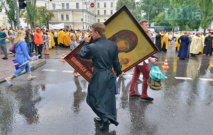 Недавний крестный ход УПЦ КП в Киеве