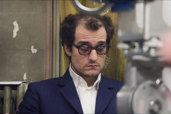Луи Гаррель в образе Жана-Люка Годара
