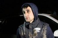 В Джанкое сына крымскотатарского активиста избили и обыскали люди в балаклавах
