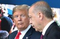 """Трамп порадив Ердогану """"не бути дурнем"""" і сісти за стіл переговорів з сирійськими курдами, - The New York Times"""