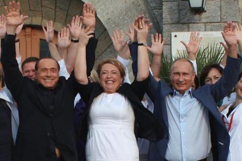 Прокуратура АРК порушила справу через випитий Путіним і Берлусконі херес