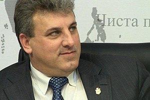 Мэр Сум посоветовал молодежи эмигрировать из Украины