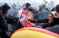 В Италии прошли многотысячные акции праворадикалов и антифашистов