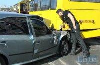 ДТП у Києві: водій іномарки покинув пораненого пасажира