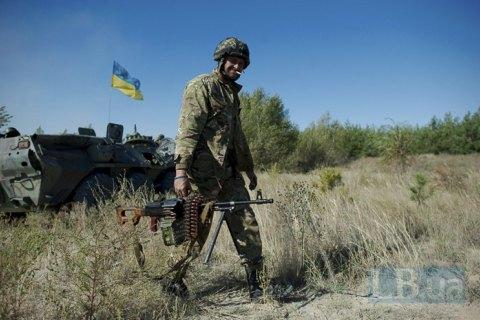 Сьогодні вночі в зоні ООС поранено українського військового