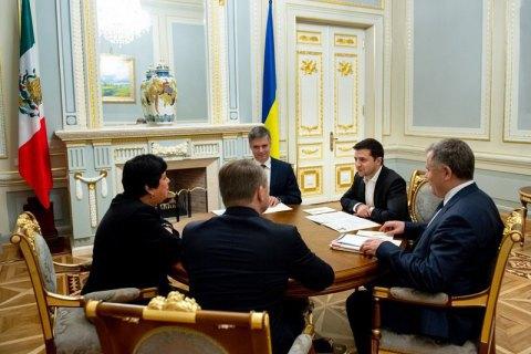 Зеленський прийняв вірчі грамоти від послів чотирьох країн і ЄС