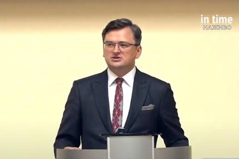 Кулеба: для зустрічі Зеленського і Орбана залишилося виконати дві умови