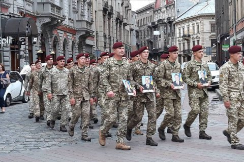 Бійці 80-ї бригади пройшли ходою вулицями Львова