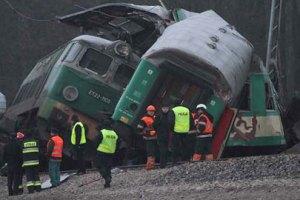 В Польше столкнулись поезда: 16 человек погибли, среди пострадавших - 5 украинцев (обновлено)