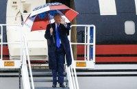 Трамп полетів у Нью-Джерсі для збору коштів, хоча знав про коронавірус у його радниці, - CNN
