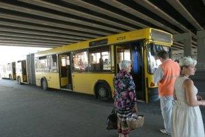 Автобуси обладнають ременями безпеки для пасажирів