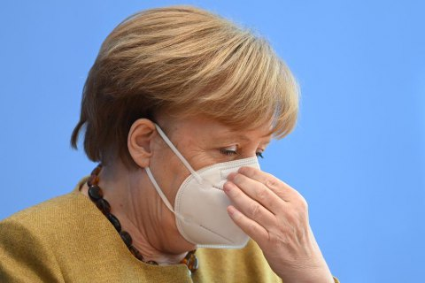 Меркель не бачить прогресу в Мінському процесі