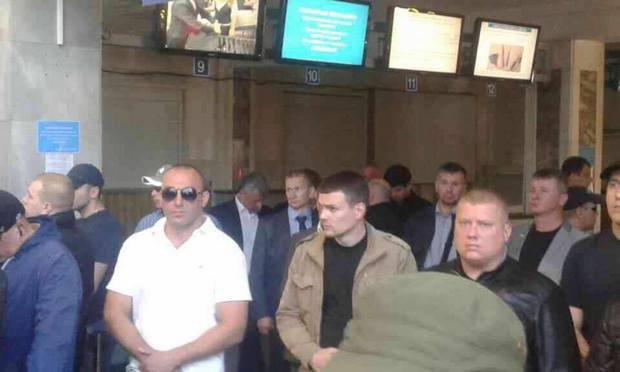 Юрій Бойко в одеському аеропорту