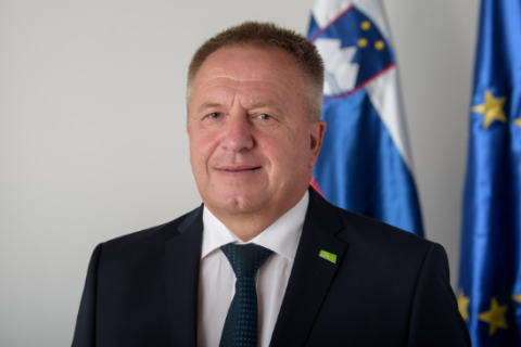 У Словенії міністра економіки затримали за підозрою в корупції під час закупівлі медобладнання для боротьби з коронавірусом