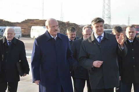 Лукашенко: Росія натякає на приєднання Білорусі