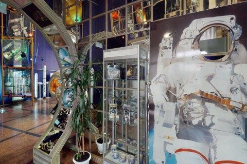 Український космос: галузь майбутнього чи музейний експонат?