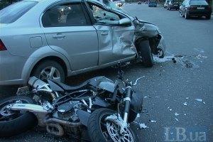 ДТП у Києві: 24-річний мотоцикліст загинув з вини водія Chevrolet Aveo