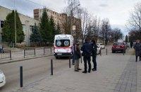 Во Львове автомобиль сбил двух 15-летних школьников на пешеходном переходе