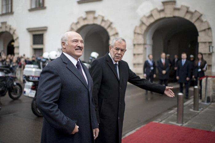 Президент Беларуси Александр Лукашенко и федеральный президент Австрии Александр Ван дер Беллен в дворце Хофбург, Вена, Австрия, 12 ноября 2019.