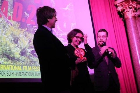 """Український фільм """"Моя бабуся Фанні Каплан"""" отримав нагороду на фестивалі в Лондоні"""