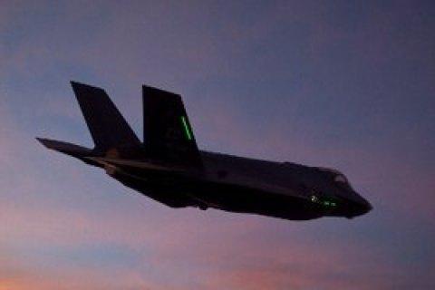 У США вперше розбився винищувач п'ятого покоління F-35