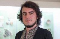 У Києві затримали активіста, який запитав у російської блогерки про Крим (оновлено)