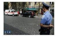 Львовских оппозиционеров закидали петардами и краской, - милиция