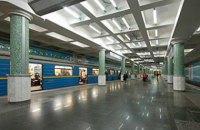 Кернес все же решил закрыть харьковское метро до 3 апреля