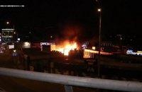 У Києві на Деміївському ринку згоріла кав'ярня і магазин