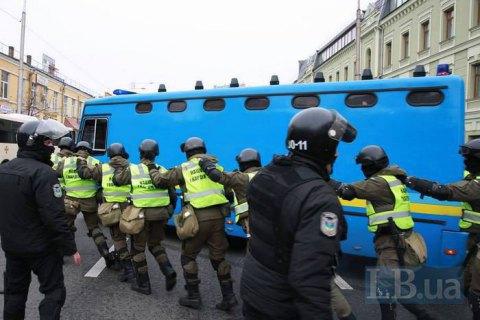 В МВД пообещали расследовать избиение журналистов в Святошинском райсуде