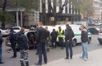 В центре Одессы правонарушители, убегая от полиции, открыли стрельбу и создали ДТП