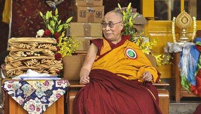 «Я родился в Тибете, но духовно я индиец», - Далай-лама