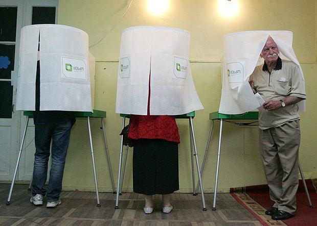 Граждане Грузии голосуют