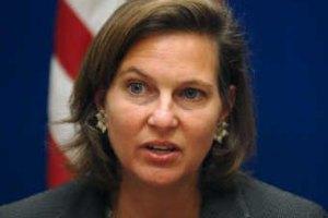 Госдеп США рассматривает введение санкций против украинской власти, - Нуланд