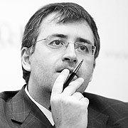 """Сергей Гуриев: """"Счастье - это и есть цель социально-экономической политики"""""""
