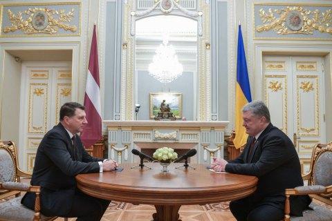 Латвія засуджує блокаду Азовського моря Росією