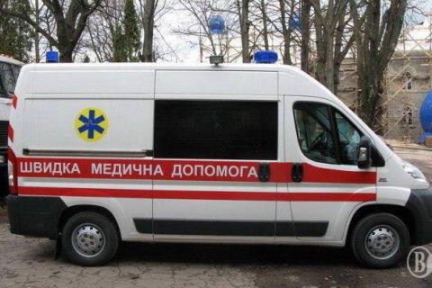 """В Киевской области врачи """"скорой"""" выбросили пьяного больного у порога главы сельсовета"""