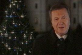 Янукович поздравит украинцев с Новым годом у заснеженной елки