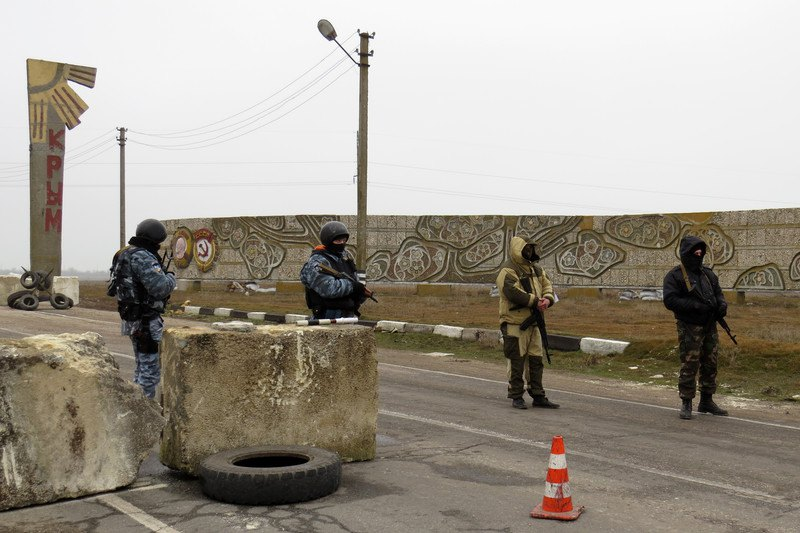 КПП Армянск , Крым, 6 марта 2014 года.
