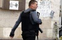 В Мариупольском округе захватили участковую комиссию: пострадал один человек